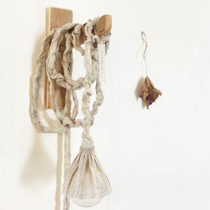 גוף תאורה ׳הפואטי׳ | Well Designed and Crafted Artisanal Light Object
