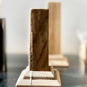 פמוט ייחודי מעץ מפירוקים |  Reclaimed Wood Candle Holder